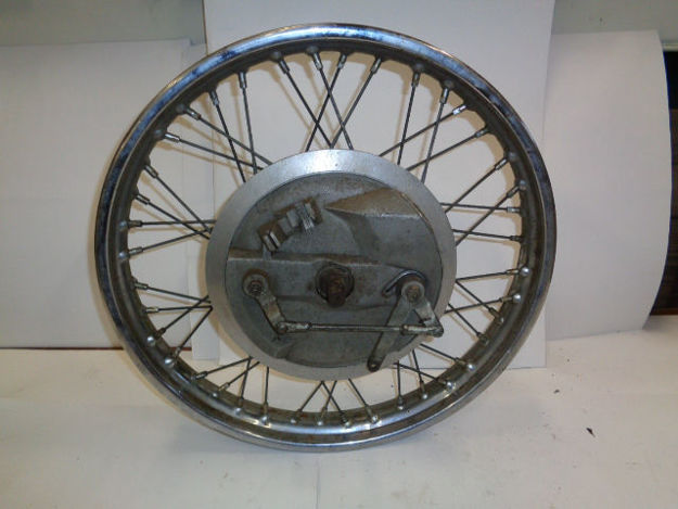 """Picture of BSA/TRIUMPH 8"""" TWIN LEADING BRAKE FRONT WHEEL 1969"""